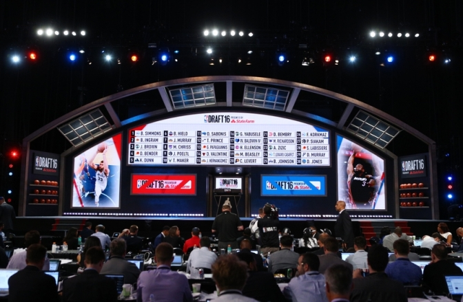Read This NBA Mock Draft So You Can Pretend Your Team Has a Chance at Beating the Warriors in Three Years